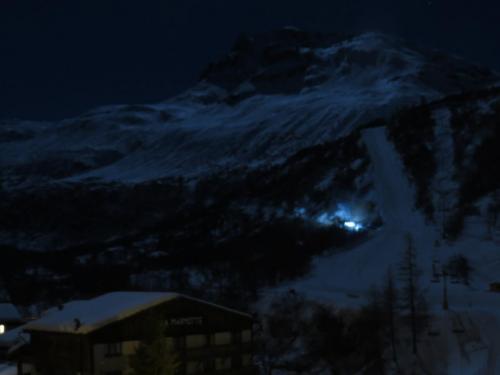 Clair de Lune sur les pistes, vue depuis la terrasse